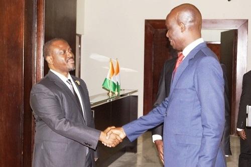 Burkina - Côte d'Ivoire: L'Ambassadeur Mamadou Zongo chez Guillaume Soro