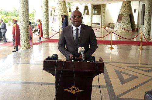 Burkina: Le gouvernement autorise le ministre en charge des finances à recruter un personnel d'appoint pour assurer la continuité du service